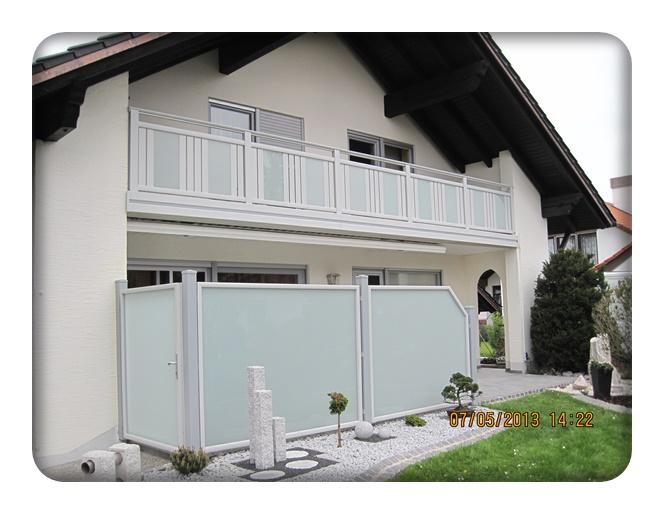 berlin dekor glas balkon zaun bausysteme allg u ug. Black Bedroom Furniture Sets. Home Design Ideas
