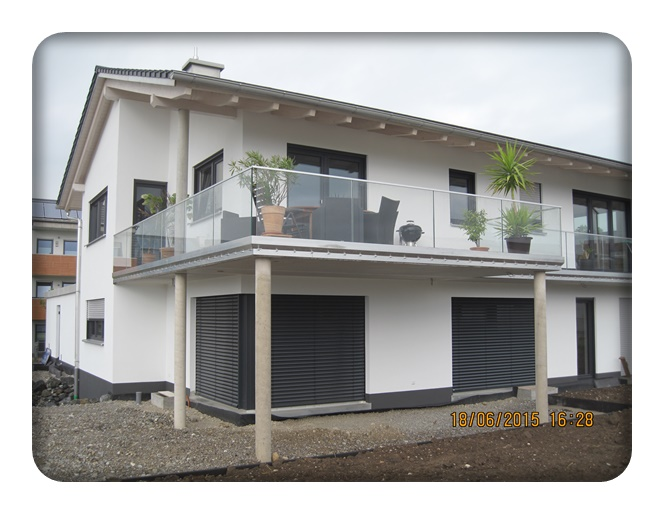 glasbalkone balkon zaun bausysteme allg u ug. Black Bedroom Furniture Sets. Home Design Ideas